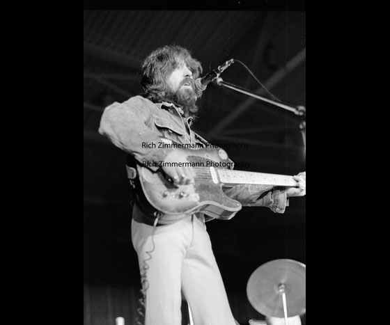Clarence-White-The-Byrds-1972-4